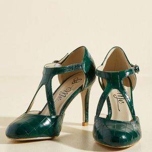 Moscloth Rock the Dance Floor t-strap heel